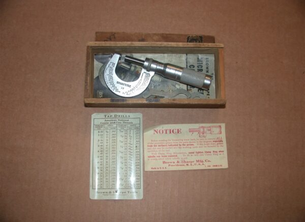 "Brown & Sharpe 0 - 1"" Micrometer with Box, 80212630"
